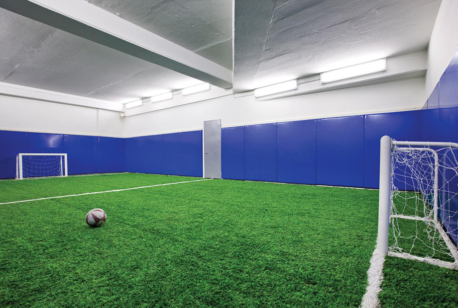 <strong>NEF 03 FOLD OFFICE FOOTBALL<span><b>in</b>Residence </span></strong><i>→</i>